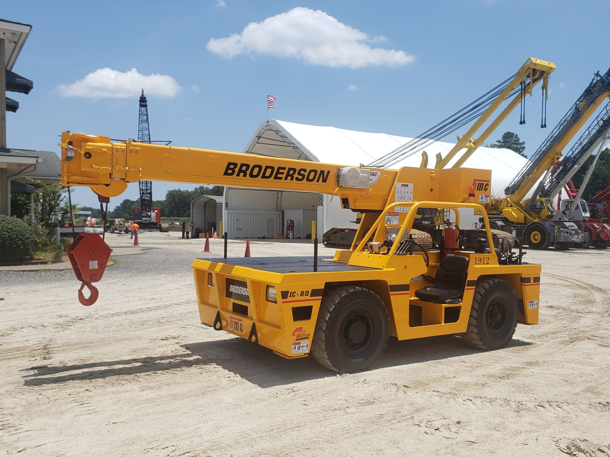 2010 BRODERSON IC-80-3G #1912 Image