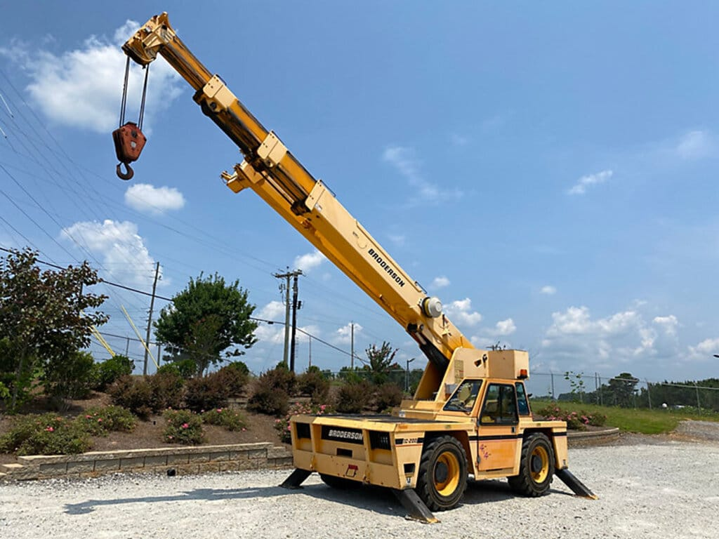 2011 BRODERSON IC-200-3G #2072 Image